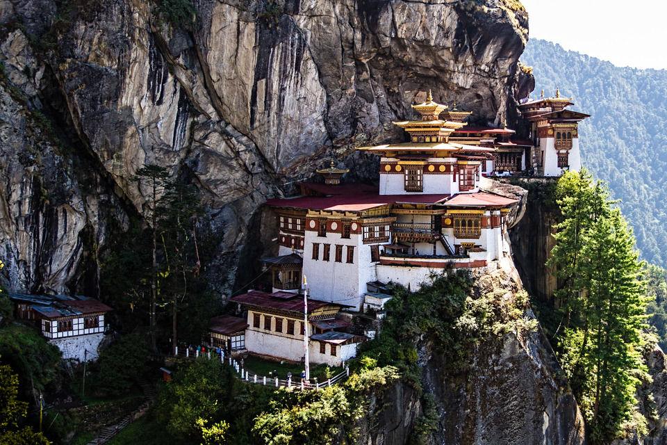 Travelling To Bhutan - The Himalayan Kingdom