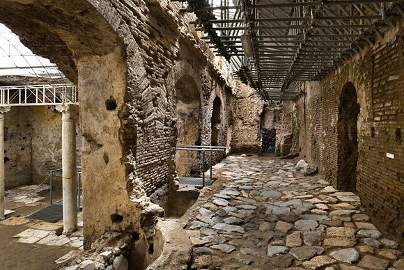 Photos of Unveiling Layers of Rome: The Crypta Balbi Project Tour 1/2 by Patrizia Sfligiotti