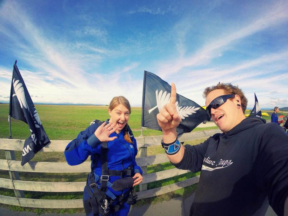 Photos of Skydiving in New Zealand – The 10 Stages of Fear 1/13 by Nikki