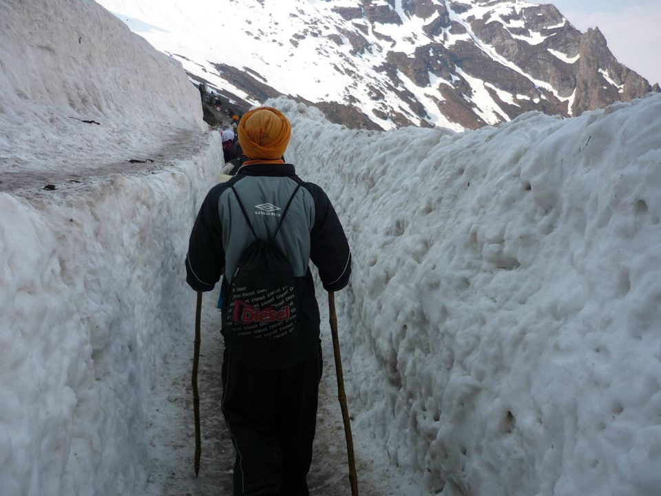 hemkund sahib map of lake with Places In India That Will Leave You Spell Bounded 7468 on Following The Steps Of Hemkund Sahib 3712 besides Hp 20parwanoo besides Bmc Valley Of Flowers Trek as well Orissa 20balangir moreover Solo Trek To Tungareshwar 56805b67e5f8f.