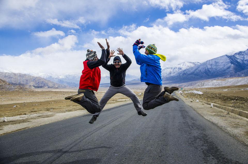 Photos of Three idiots  1/7 by Manoharan Sakthivel