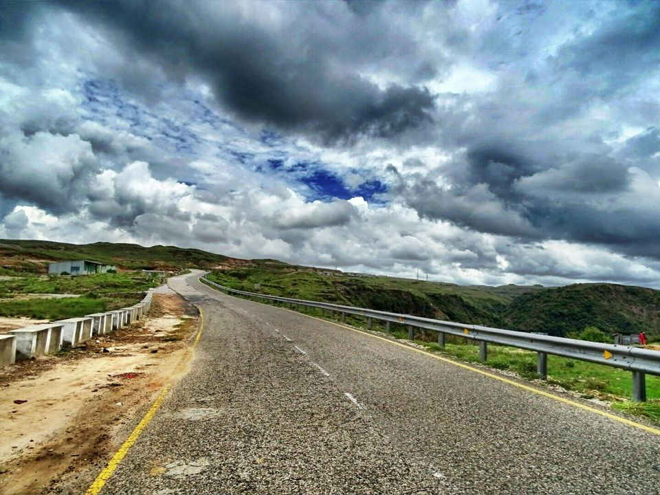 Photos of 5 Reasons Why You Need To Pack Your Bags NOW and head out to Shillong ! 1/1 by Arnav Mathur