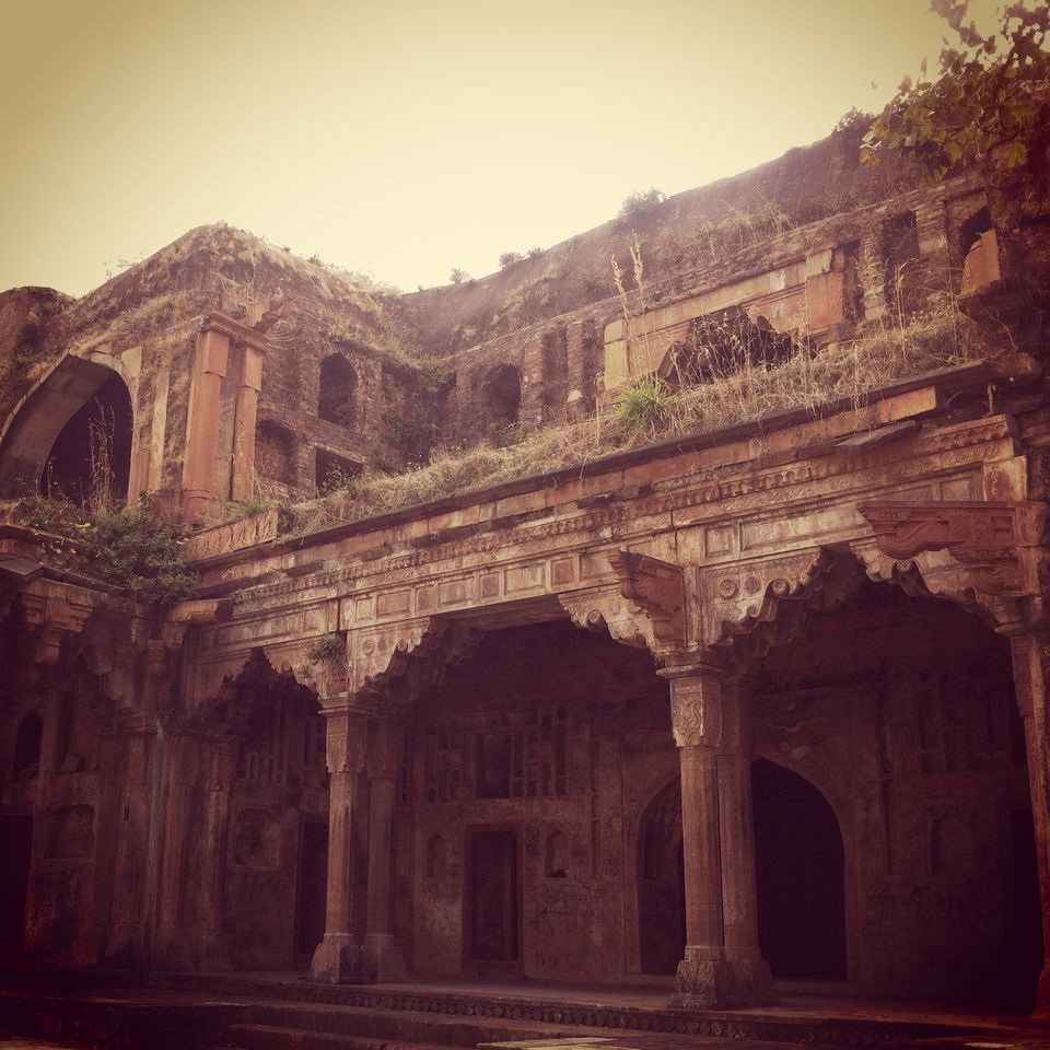 Photos of Dilapidated yet scintillating- Ginnorgarh Fort 1/16 by Pooja Chaudhary