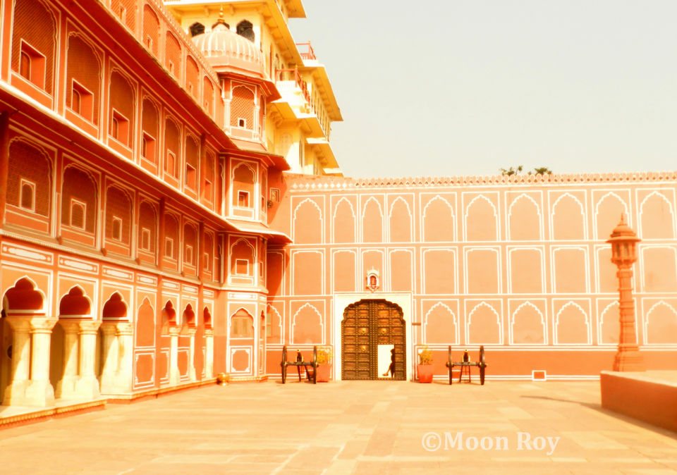 Photos of Courtyard inside City Palace 1/4 by Moon Roy