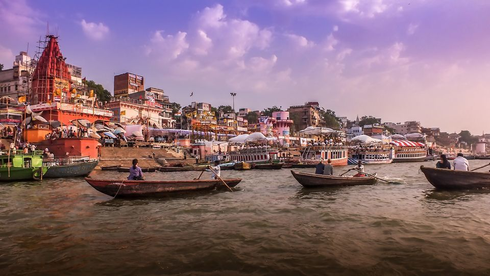 For Just ₹300, Enjoy The Iconic Varanasi City In A Hot Air Balloon