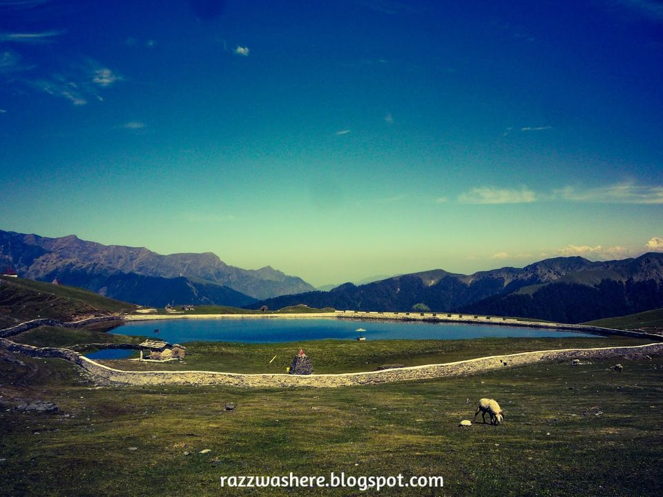 Photos of Here's everything that you need to know about the Roopkund Trek 1/3 by Razzaq Siddiqui