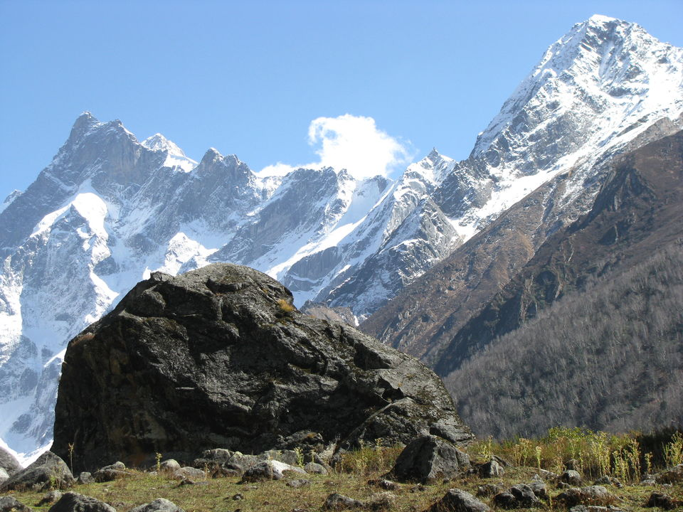 Photos of Swarg Rohini Peak 1/12 by Vaibhav Gupta