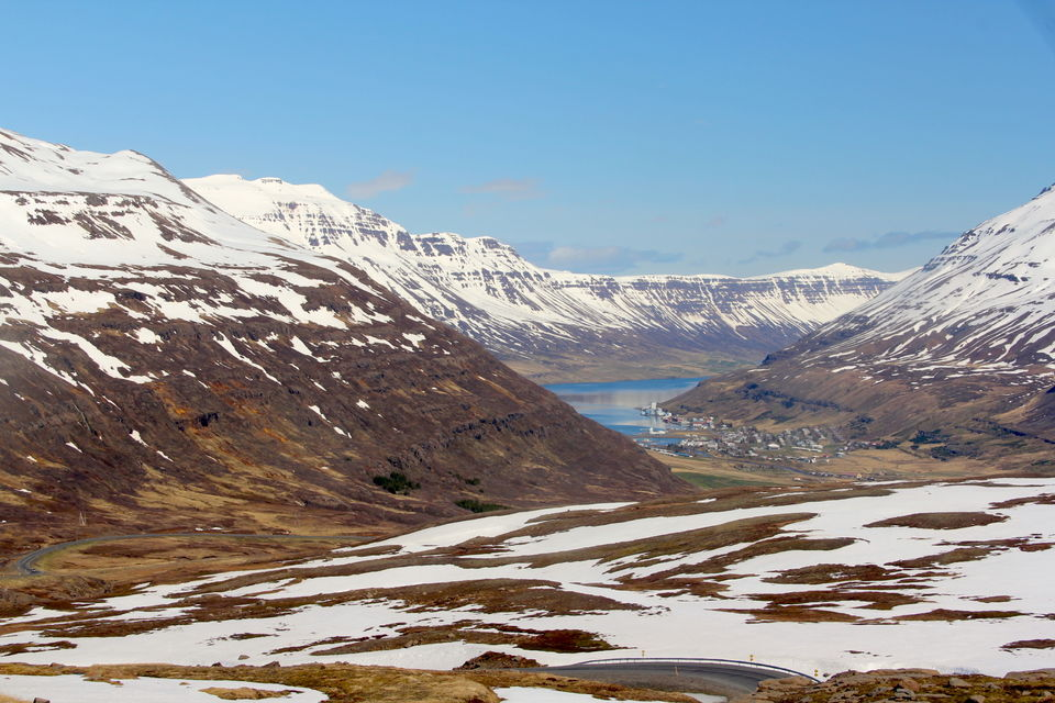 Photos of Seydisfjordour, the most beautiful town in East fjords in Iceland 1/8 by Amit Gupta