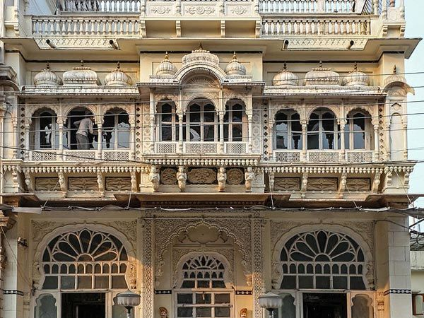 Photos of Kaanch Mahal , Indore 1/1 by Sonam Singh