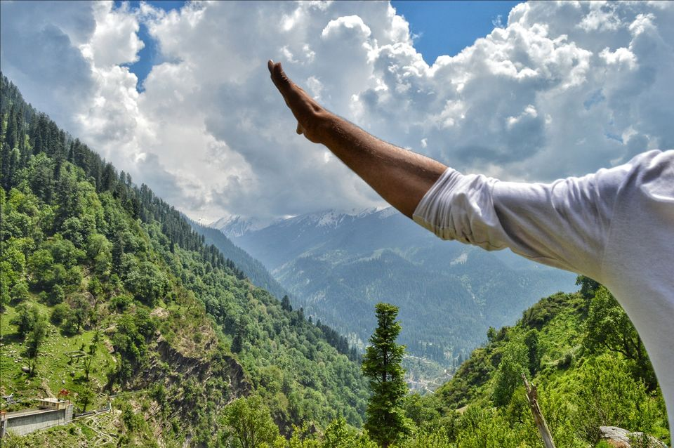 Photos of Trippy Tosh and Kaleidoscopic Kasol 1/1 by Shikhar Lohia