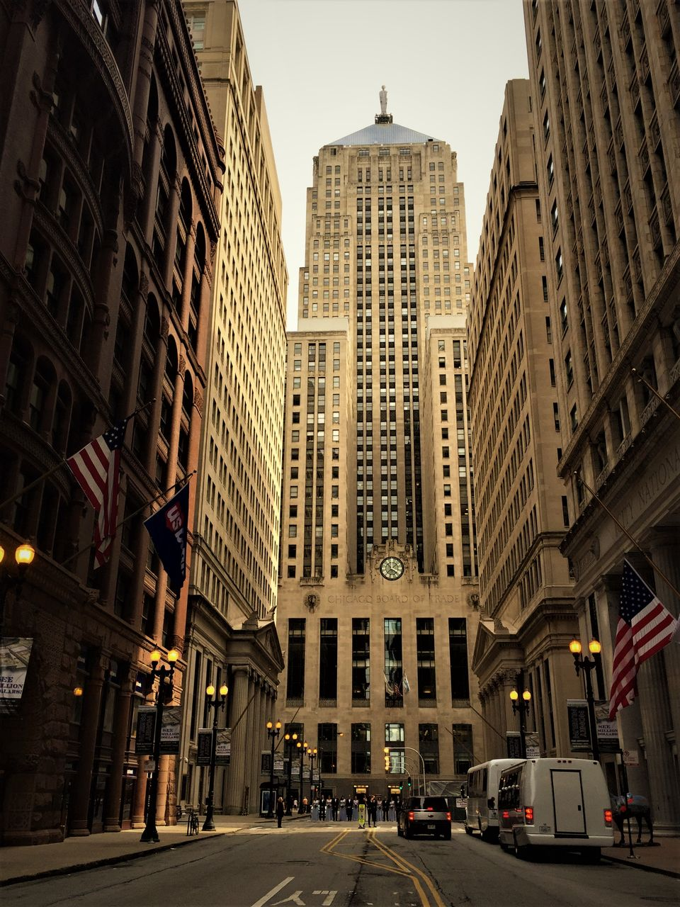 Photos of Chicago - A city of contrasts! 1/1 by Sampradha