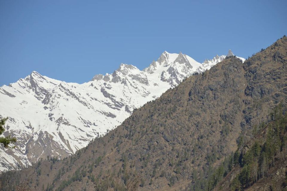 Photos of View from Kheerganga.. 1/1 by Ashwin Pateriya