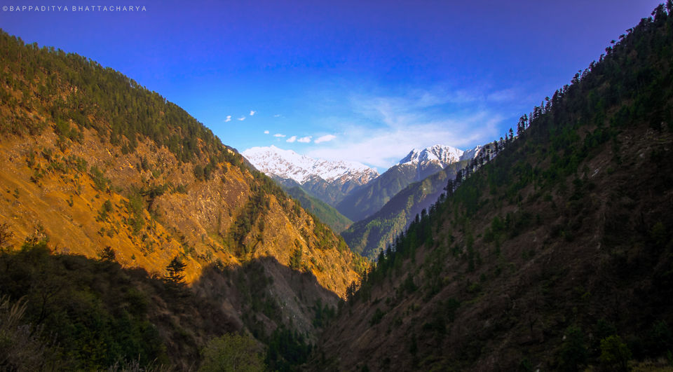 Photos of This Village In Parvati Valley Is Still Tucked Away From The Maddening Stoner Crowd 1/1 by Bappaditya Bhattacharya