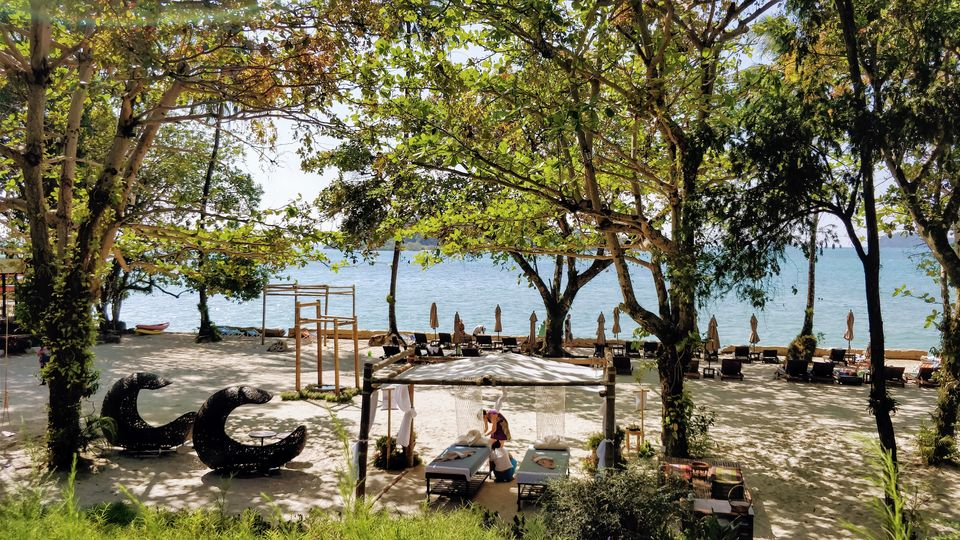 Photo of Sea View Resort & Spa - Koh Chang Ko Chang Trat Thailand by Saumiabee