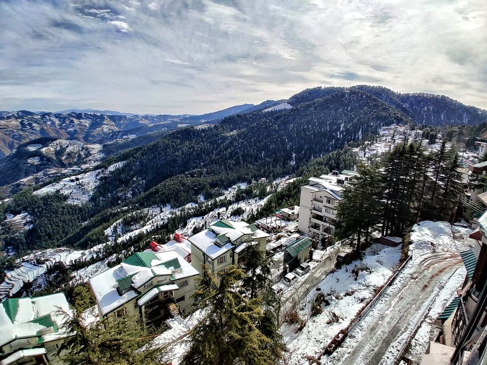 Photo of This Hilltop Homestay Is Perfect to Experience Himachal's Snow Before Summer Finally Arrives 1/1 by Saumiabee