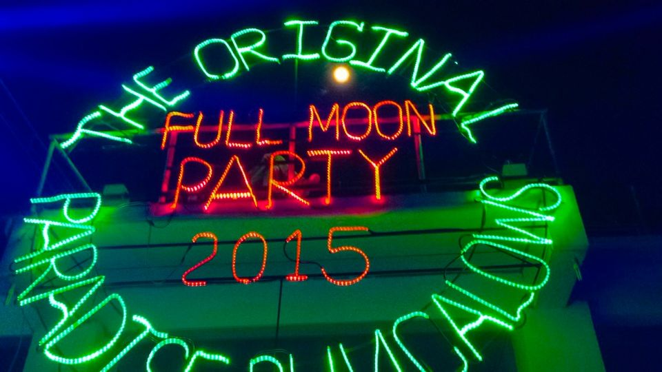 All You Need To Know About The Crazy Full Moon Party In Thailand!