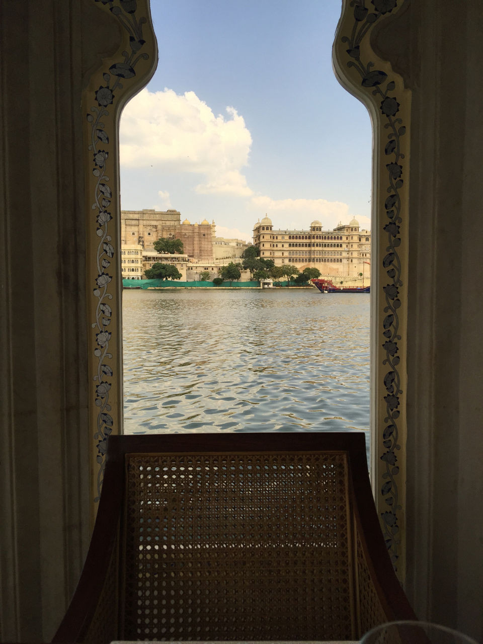 Photos of Udaipur: My 2 Day Trip Got Me Eating Delectable Lamb 1/1 by Chitra