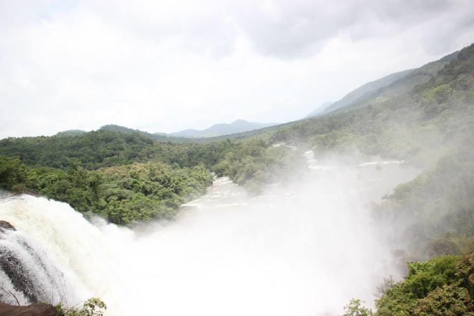 Photos of Kerala: Athirapally & Vazhachal Waterfalls 1/1 by Sudipta Chowdhury