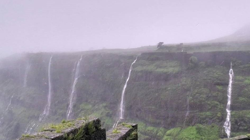 Photos of Visapur Fort: Trekking through Waterfall 1/1 by Sampy
