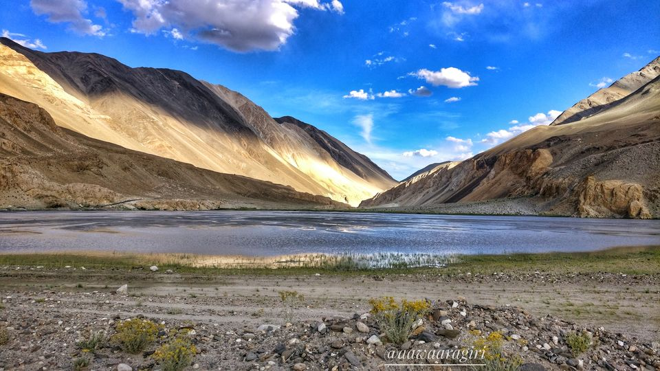 Photos of Pangong Tso 2/4 by aawaaragiri