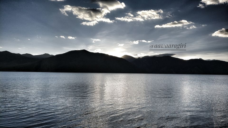 Photos of Pangong Tso 3/4 by aawaaragiri