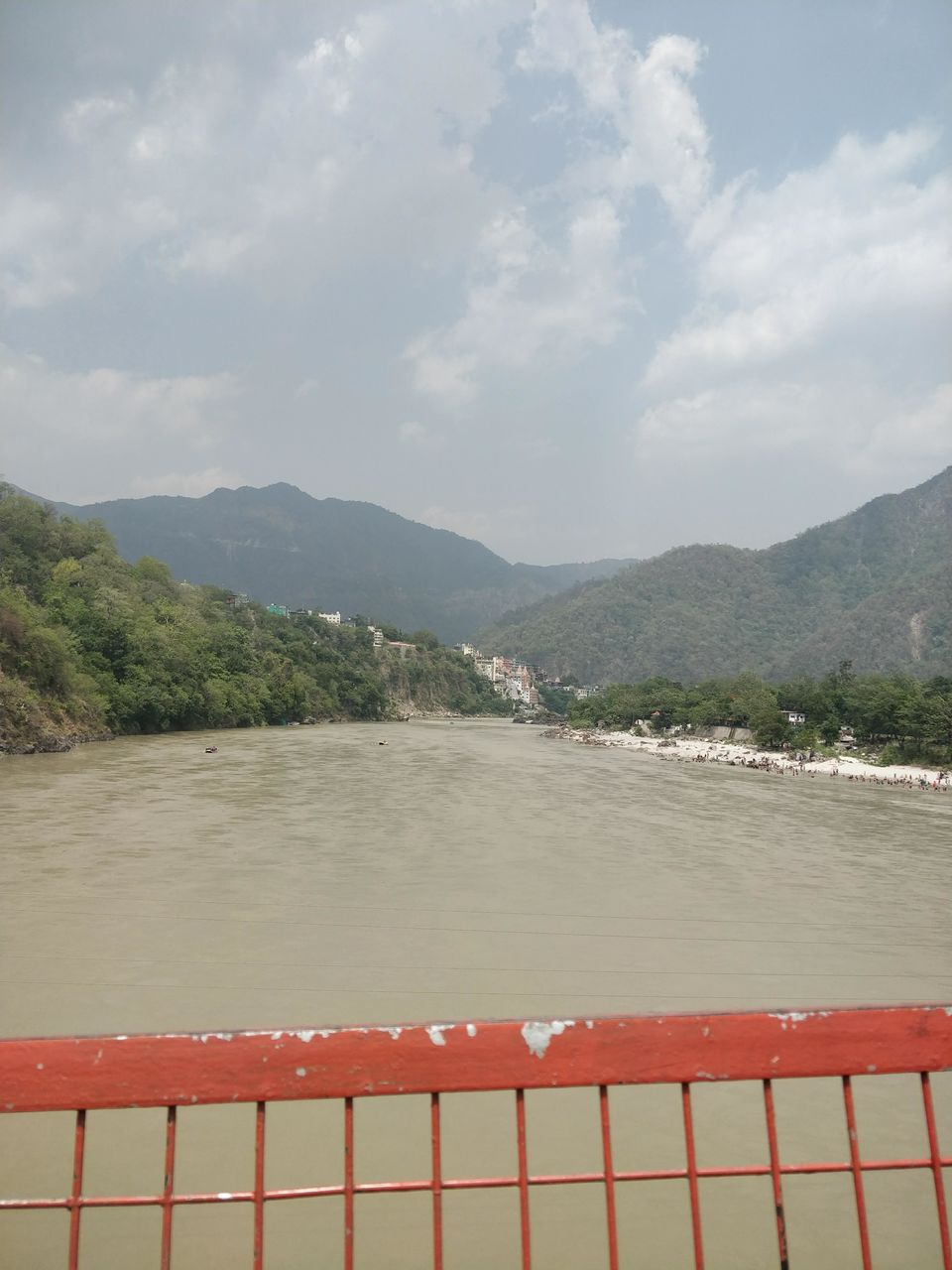 Photo of Rishikesh, Uttarakhand, India by theuncanny_traveller