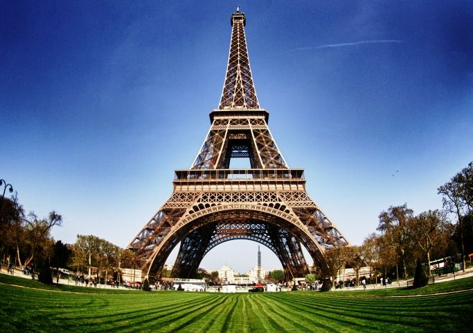 Paris Most Visited Tourist Attractions By Puru Tripoto