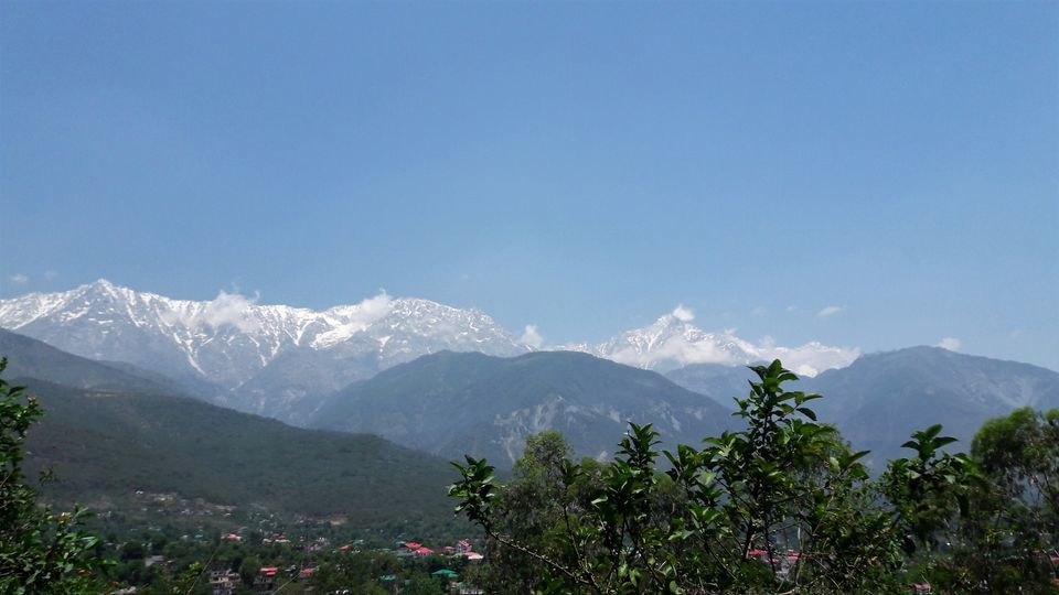 Photos of The Dhauladhar Hills 1/1 by Sayani