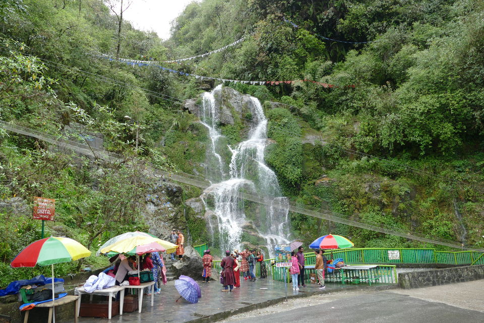 Photo of Bakthang Waterfall, Gangtok, Sikkim, India by Rahul Tiwari