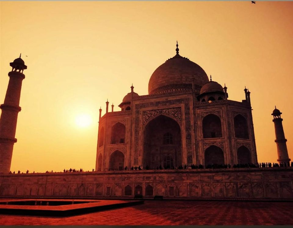 Taj Mahal Is A Symbol Of Love Or Reflection Of Pain Tripoto