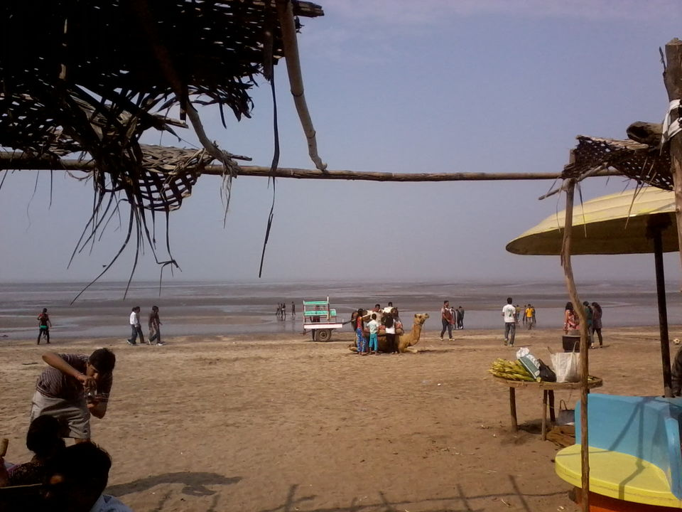 Photos of Devka Beach before the low tide 1/20 by Manish Menon