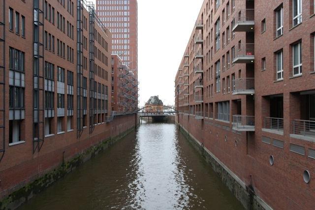 Photos of The Harbour City of Hamburg 1/18 by Lauren
