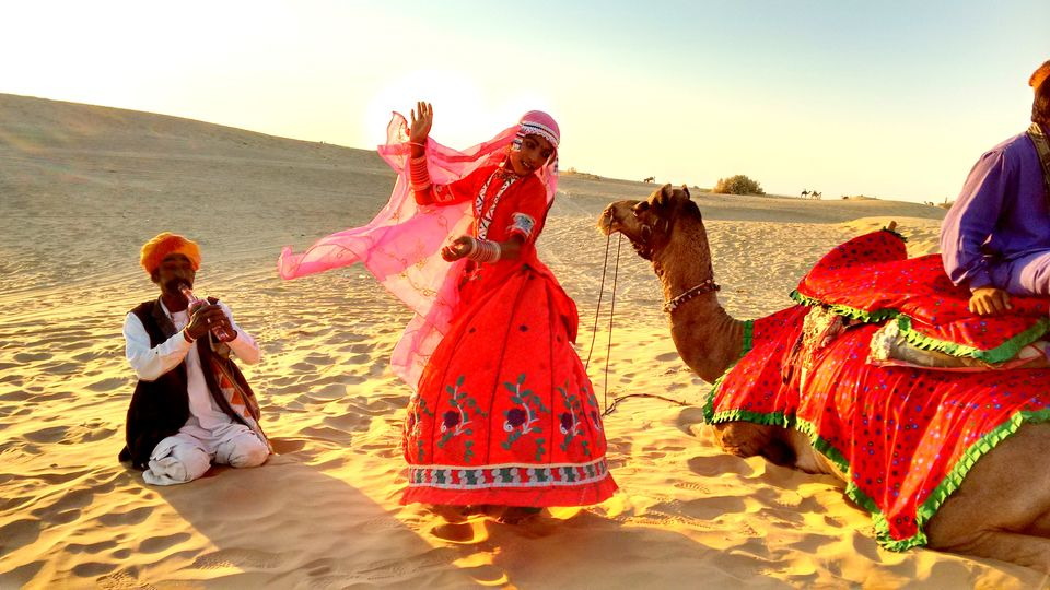 Small Old Jeep >> Jaisalmer, The Golden Town In The Thar Desert, Rajasthan - Tripoto