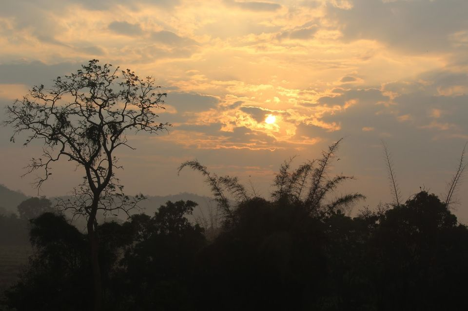 Photos of dawn @ kemmangudi 1/36 by Parvathy Gopikochumattel