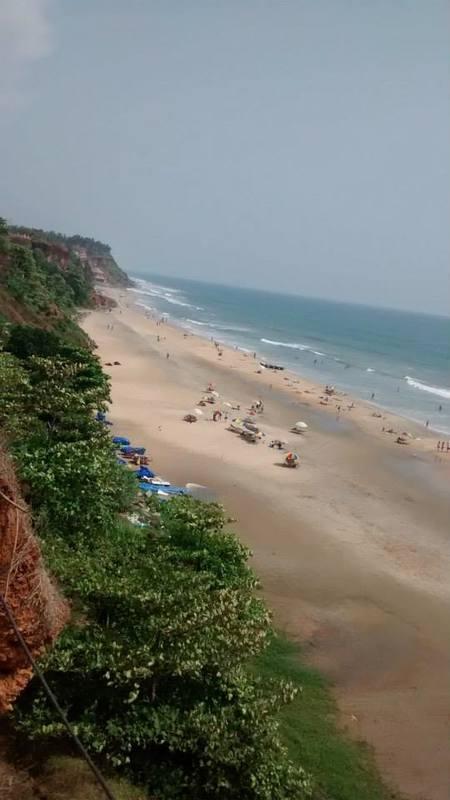 Varkala: The beach by the Cliff