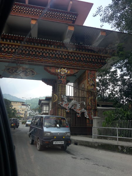 Kuzozangpola Bhutan!: 5 days Solo in the Land of the Thunder Dragon
