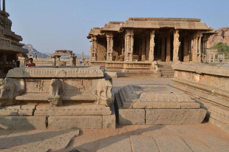 8 Destinations In Karnataka Popular For Their History