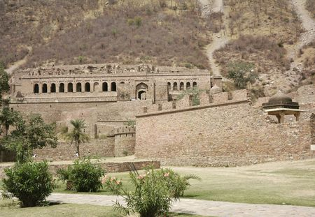 Bhangarh Fort: The Unsolved mystery - Tripoto