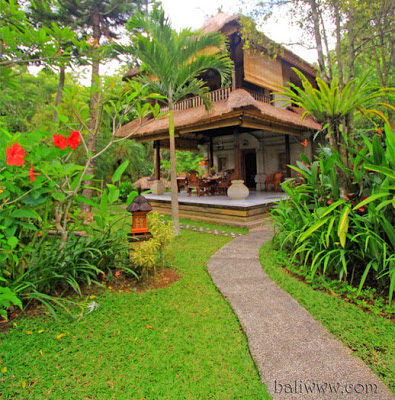 A Luxuriously Affordable Honeymoon In Bali