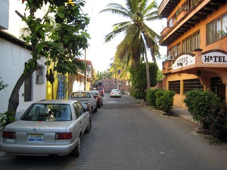 Colima (state) – travel guide at wikivoyage.