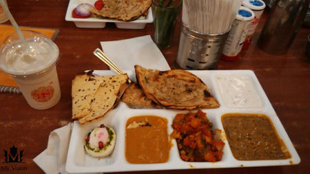 Quick Road trip to Murthal :- Night Ride in winter for Parathas...