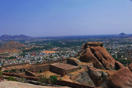 Madhugiri- the second highest monolith in Asia is 120 kms from Bangalore