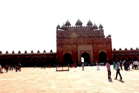 A visit to the Taj Mahal (24-hours in Agra)