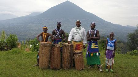 360 degrees of Rwanda: a Virunga luxury gorilla safari