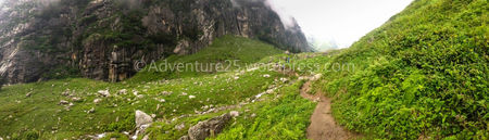 Hampta Pass-One of the Most beautiful, thrilling and picturesque trek at 14000ft in Himanchal