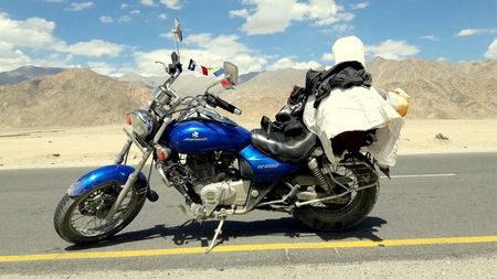 Make it Possible by Going Solo                                              (Delhi - Ladakh - Delhi)