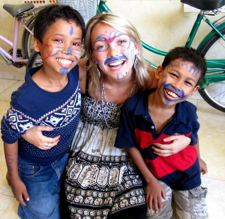 16 Volunteering Experiences in 16 Different Countries with Children