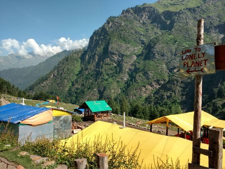 Kheerganga, a trip that changed my whole perspective about trekking.
