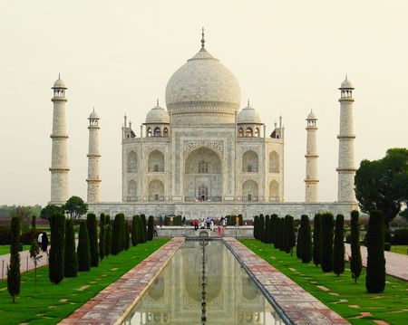Wish To See All The Seven Wonders Of The World In One Go? Here's How You Can Do It In One Month