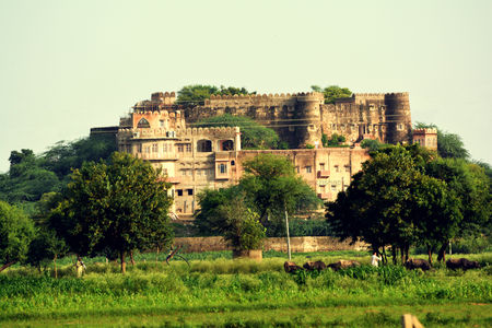 Neemrana Hill fort Kesroli: A break from urban style living.